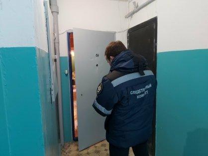 Труп мужчины из Балаково найден в одной из многоэтажек.